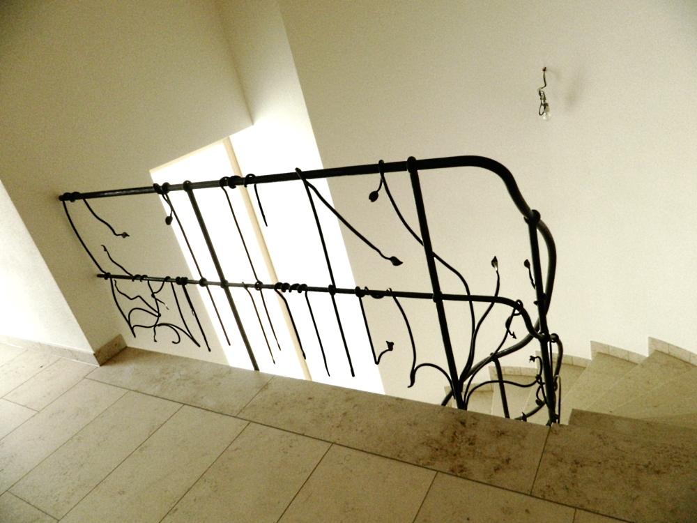 gel nder abstrakt klassisch kombi. Black Bedroom Furniture Sets. Home Design Ideas